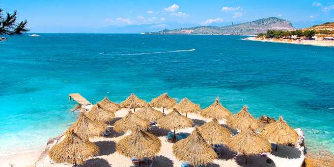 Jonijos Jūros Pakrantė
